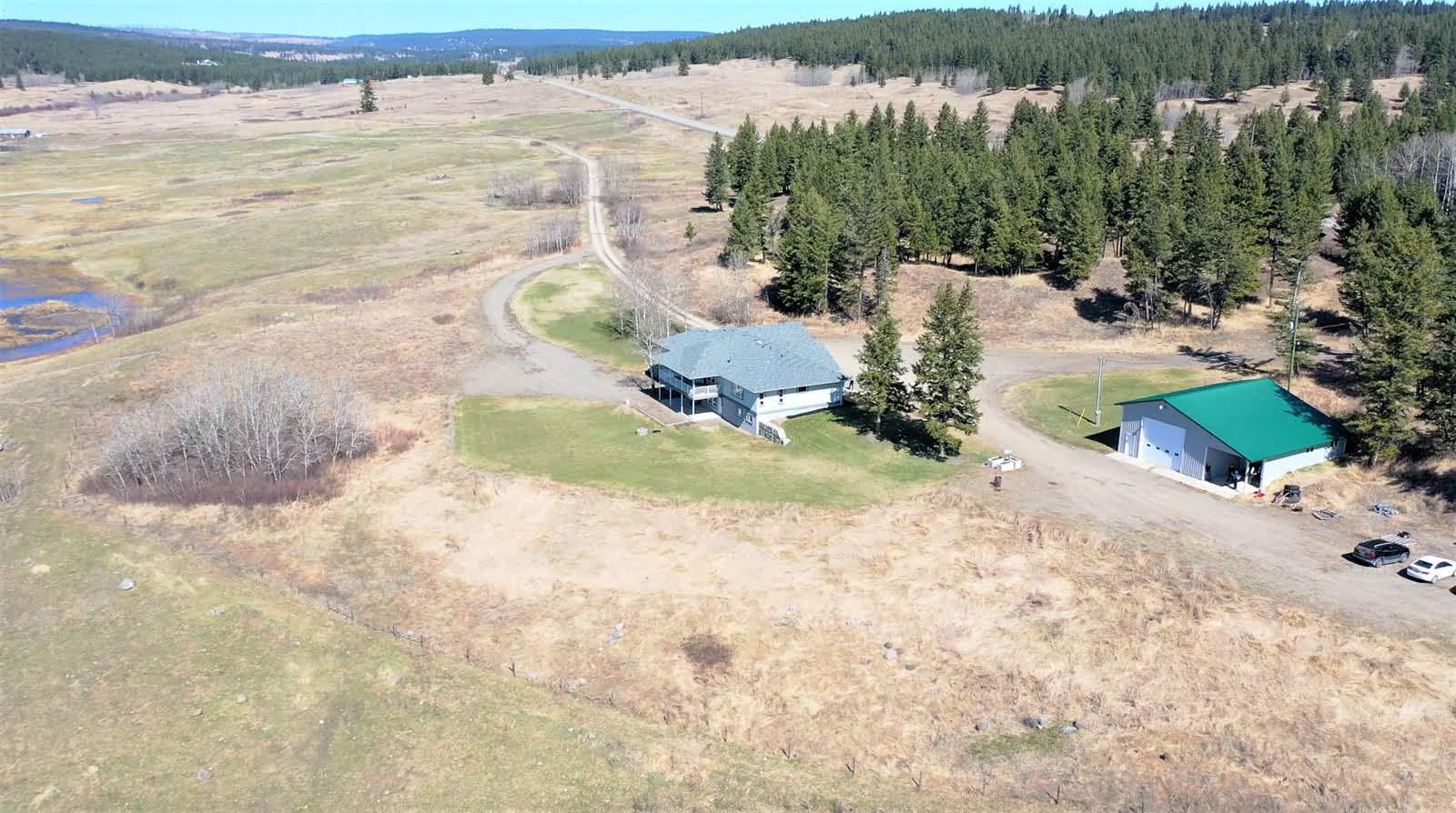 3260 Cariboo Highway 97- 150 Mile House, Cariboo, British Columbia    - Photo 13 - RP7793145103