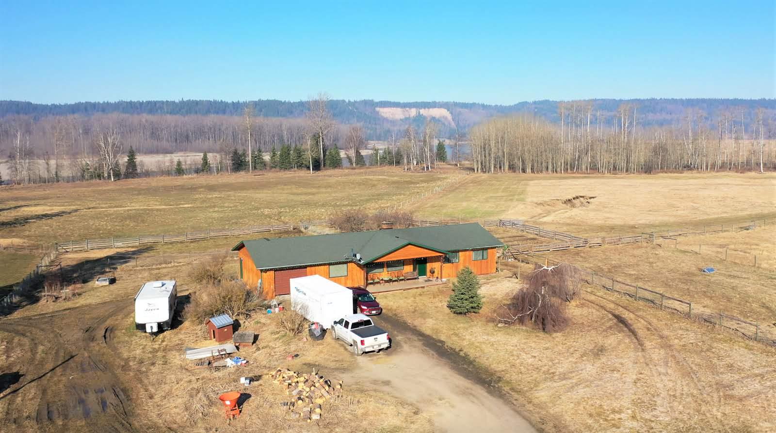 2765 Denicola Crescent, Prince George, British Columbia    - Photo 2 - RP1629034522